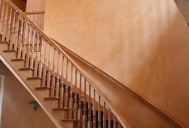 escalier qui grince